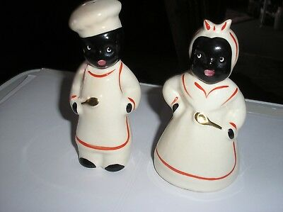 Vintage Black Americana salt and pepper shakers Red Trim Gold Spoons