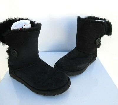 9d9c38f868f UGG WOMEN'S BAILEY Button Boots Suede Black 5803 Size 7