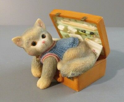 """1998 Enesco Calico Kittens """"A Hug-A-Day"""" Kitten Laying in Suitcase Figurine"""