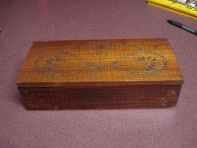 Antique vintage Wood Box Pyrography Folk Art home made crude small cute flower