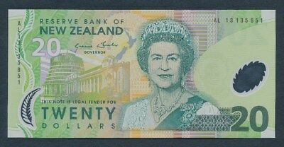 "New Zealand: 2013 $20 Wheeler Type I ""QEII PORTRAIT"". Pick 187c UNC Cat $60"