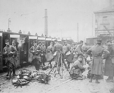 French troops departing a train at the station 1914 World War I 8x10 Photo