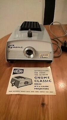 Gnome 35mm Slide Projector 741 JUNIOR CLASSIC -150 WATT WITH INSTRUCTIONS BOOK