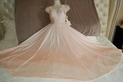 NWT Vintage Olga Nightgown 92270 Grand Full Sweep Pink /Blush Gown Lace Bodice