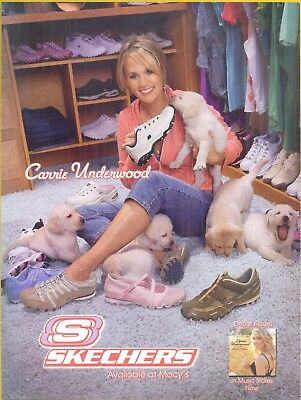 Carrie Underwood and 6 puppies in 2006 Skechers Footwear Magazine Print Ad