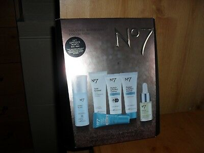 *** No7 Youthful Discovery Collection Brand New Gift Set ***free uk postage