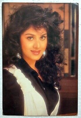 Минакши Сешадри Bollywood-Actor-Meenakshi-Sheshadri-Rare-old