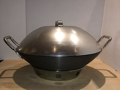 """CALPHALON Commercial Anodized Aluminum  Covered Wok # G145HC 14.5"""" with stand"""