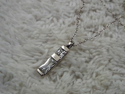Sterling Silver Crystal Pendant Necklace (C48)