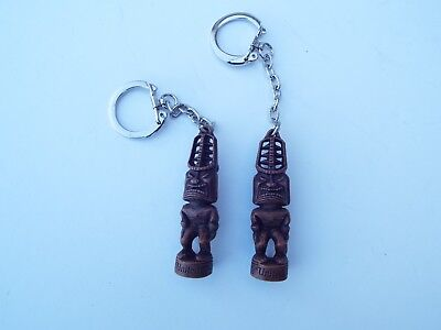 """2 Vintage Rare Collectible United Airlines """"United Tiki God"""" Key Chain , New"""
