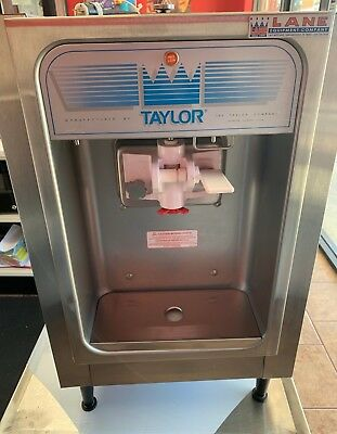 New Taylor-152 Soft Serve Frozen Yogurt Machine 2017  never used