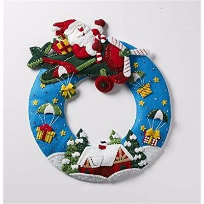 "Bucilla Felt Wreath Applique Kit 13.5""x17""-airplane Santa"