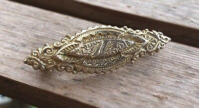 Fine Antique Detailed Victorian Gold Plated Etruscan Revival Brooch