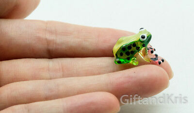 Figurine Animal Miniature Hand Blown Glass Tiny Green Frog - GPFR090