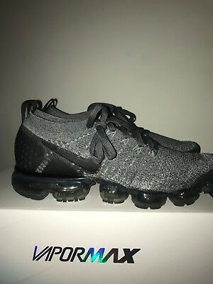 Nike Air VaporMax Flyknit 2 Wolf Grey Sneakers Size 8.5 Worn 1X 10/10 Condition