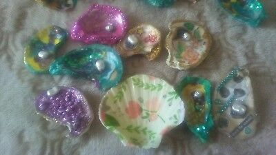 Colelectable Hand Painted Oyster Shell Refrigerator Magnets 1 of a kind
