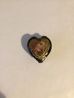 antique sevres porcelain patch or pill box