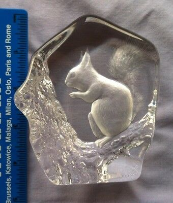 Mats Jonasson Signed Cut Glass Lead Crystal Red Squirrel Ornament Paperweight