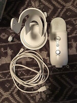 Blue Microphones Yeti Professional USB Condenser Microphone - Whiteout Edition