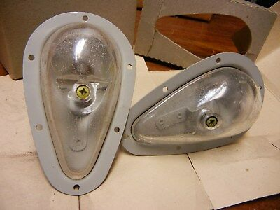 Pair of 2 AN 3097-2 GRIMES WINGTIP LIGHT AIRCRAFT PARTS CLEAR UPWARD RECOGNITION