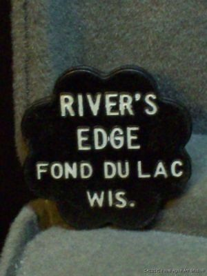 Vintage Good for Trade Token Rivers Edge Bar Fond Du Lac Wisconsin Plastic Trade