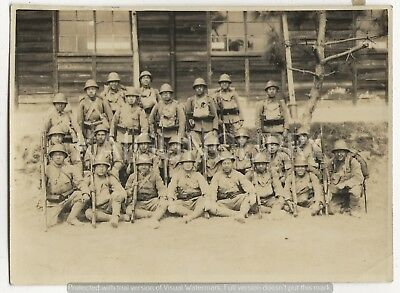 Original Wwii Japanese Photo: Army Soldiers, Helmet, Rifle!!