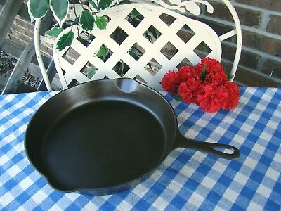 Griswold Cast Iron #11 Large Block Logo Skillet with Heat Ring