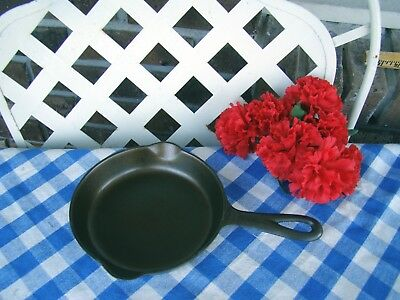 Griswold #3 Cast Iron Large Block Skillet with Heat Ring– Cleaned and Seasoned