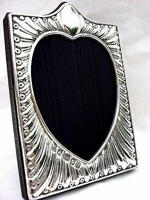 Charming Finest 999 Quality Hallmarked Silver London & Britannia Photo Frame.