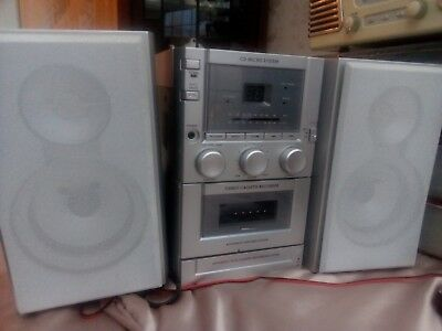 CD Micro System, (includes Radio & Tape Cassette ) - Excellent Condition