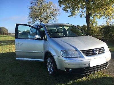 Volkswagen( 2005 ) Touran 2.0 TDI Automatic FULLY LEATHER (7 SEATER)Low mileage