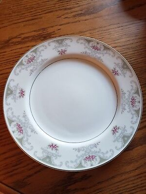 """Alberon Translucent Fine China 4144 Dinner Plate 10 1/2"""" Made In Japan"""