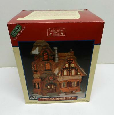 New In Box Lemax Village Collection Porcelain Lighted Housew/Cord On/Off Switch