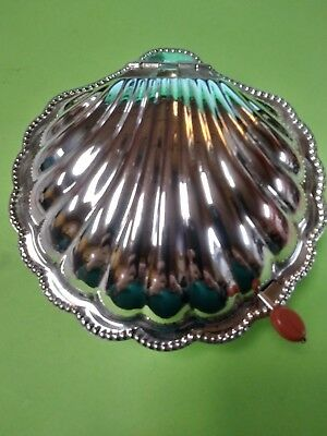 Silver Plate Covered Scallop Dish Made in England E & J L