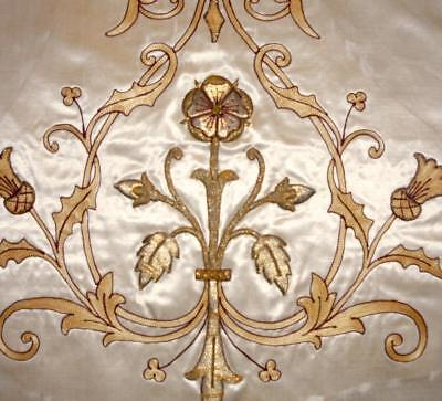 EXQUISITE EARLY 19th CENTURY RAISED GOLDWORK & TAMBOUR EMBROIDERED SILK PANEL