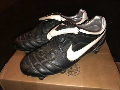 best sneakers 054c3 e9362 NIKE AIR TIEMPO Zoom Air Football Boots Size UK 9 - £27.50 ...