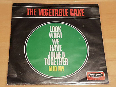 The Vegetable Cake - Look What We've Joined Together/mio My - Vogue Dv 14873