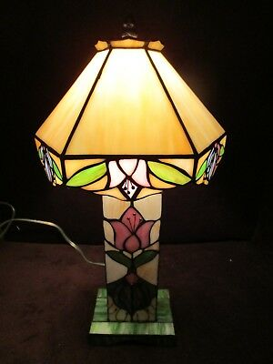 "Tiffany Mission Arts & Crafts Style Table Lamp Tulips stained glass 17¼"" T Vtg"