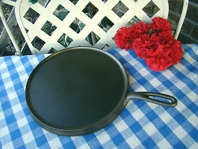 Favorite Piqua Ware Cast Iron #9 Griddle – Smiley Logo - Cleaned and Seasoned