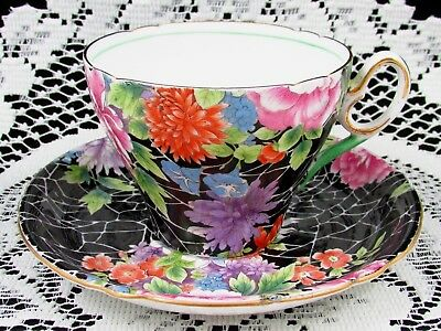 Shelley Black Crackle Pink Floral Chintz Tea Cup And Saucer Teacup