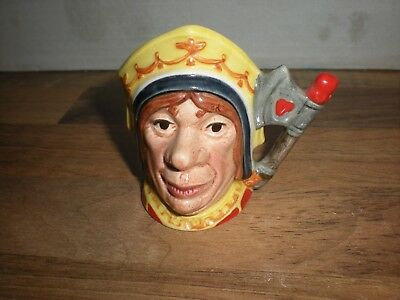 Royal Doulton  MINIATURE character jug - THE RED QUEEN D6860 - RARE