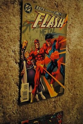 Comic Lot: The Flash issues 115, 117