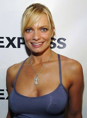 "Jaime Pressly in a 8"" x 10"" Glossy Photo 6"