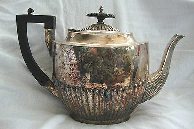 A Antique Georgian Style Silver Plated Teapot Walker & Hall Sheffield No:109/20