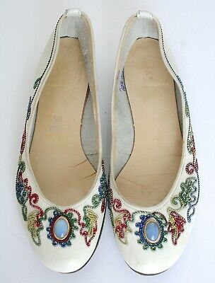 Vintage Shoes / Pumps - Cream Leather - Embroidered- UK 4 / 4.5
