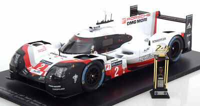 1:18 Spark Porsche 919 Hybrid Winner 24h Le Mans 2017 with trophy
