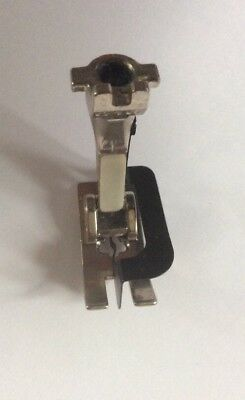 Bernina old style sewing machine blind stitch hem presser foot 016