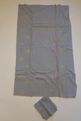 """Vintage Blue Yellow Embroidered Linen Tablecloth 4 Napkins Approximately 50""""x60"""""""