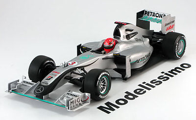 1:18 Minichamps Mercedes GP Showcar 2010 Schumacher
