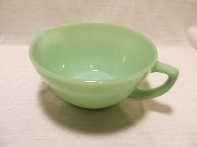 Vintage Anchor Fire King Jadeite Green Mixing Batter Bowl W/ Spout And Handle